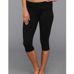 Prana, Small, Black cropped yoga pant *like new*